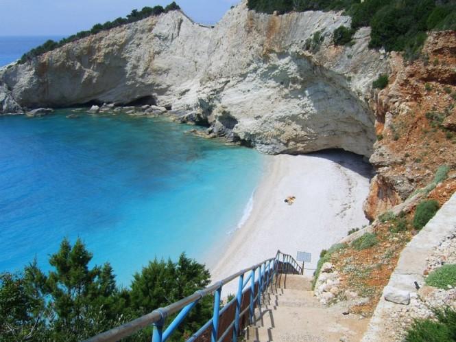 cliffs lefkada